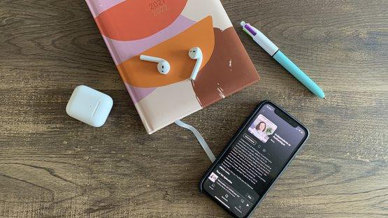 mes-4-podcasts-du-moment-1.jpeg